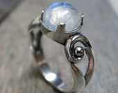 Eidyia ring ... cast sterling silver / spiral scrolls / rainbow moonstone / US ring size 8