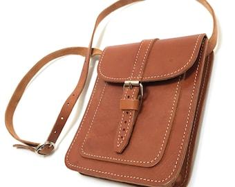 Vtg Leather Cross Body Satchel Bag