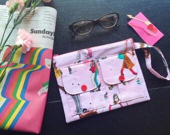 Cool Girls Who Wallet Wristlet, Pink Wristlet Wallet, iPhone Wristlet, Handmade Pink Wristlet Handbag, Pouch Wristlet, Zipper Wallet