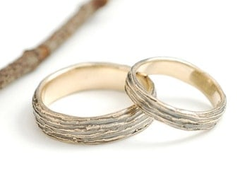 Tree Bark Wedding Rings - 14k Yellow Gold Wedding Band Set - 4mm and 6mm - made to order wedding rings in recycled metal