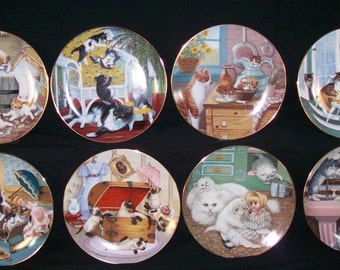 Cat Kitten Art  Lovers Fine China Hamilton Collection Rare Complete Set of 8 Country Kittens Cat Plates Trimmed in 23 Kt. gold Cat Lovers