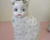 Alphabet Kat baby vase
