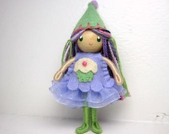 Birthday Cupcake Bendy Doll, Felt Birthday Doll, Waldorf Birthday Party Cake Topper Girl, Bendable Felt Doll, Cupcake Party Favor