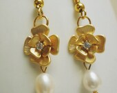 Freshwater Pearl Gold Flower earrings