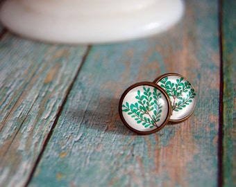 leafy branch framed post earrings - green - garden style