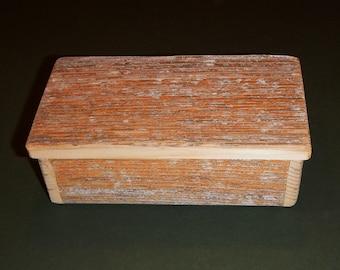 "Barnwood ""Lichen"" SONGBIRD box #1 - Rustic Refined"