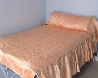 Vintage Full Bedspread Pink 40s Satin Set Long Pillow Sham Dresser Scarves 8 Pc Boudoir Hollywood Regency