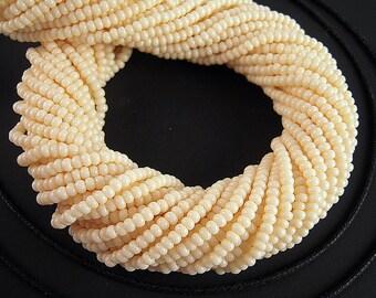 Warm Vanilla White Seed Beads, 11/0, 2.1mm, FULL Hank, White Czech Glass, Opaque White Czech Beads, 4,000 Bone White Seedbeads SB135
