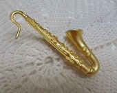 Kenneth Jay Lane KJL Saxophone Music Jazz Pin Brooch