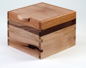 Keepsake Box, Walnut, Knotty Maple, Cherry Hardwoods