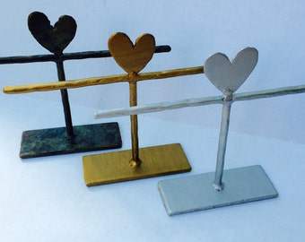 Bracelet Holder - 10x8 in.  - BTD2H - HEART