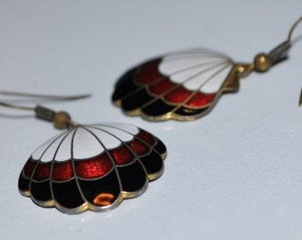 Vintage Enamel Shell Earrings Dangles Black, Red, White, Gold