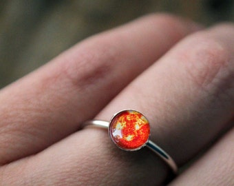 Sun Sterling Silver Stacking Ring - Galaxy Space Jewelry Custom Sized - Petite Solar System Planet Jewellery - Leo Zodiac Ruling Planet