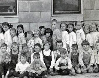 Vintage Snapshot photo 1921 Mason City Nebraska School Children Teacher RPPC
