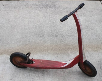 Vintage 1950's Push Kick SCOOTER Metal Red Toy