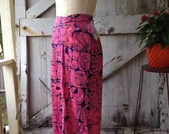 On sale 1960s skirt novelty print skirt 60s ethnic skirt size medium Vintage skirt mayan print skirt resort wear