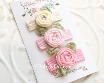 Baby Barrettes. Infant Snap Clip. Newborn Clip. Baby Hair Clip. Baby Bow.  Small Hair Clip.  Wispy Hair Clip. Nearly Bald Baby Bow Hair Clip