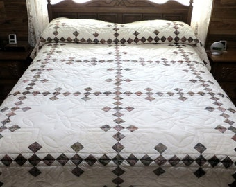 Single Irish Chain Quilt, Queen Size Quilt, Hand Quilted Quilt, Batik and cream, Handmade, Quilting