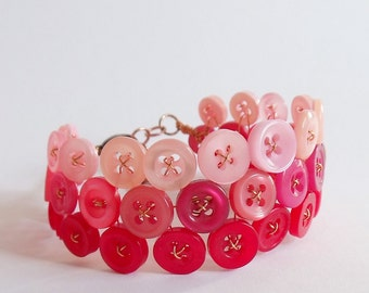 Button bracelet, pink and red ombre, copper wire, adjustable - ready to ship