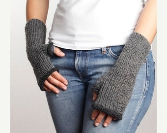 WINTER SALE 20% Gray - Dark Gray Knitting Fingerless Gloves