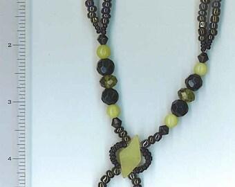 Necklace Beaded Black Green Jade Stones New 4-4