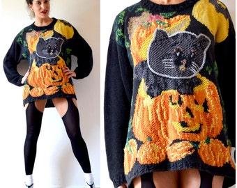 SUMMER SALE/ 30% off Vintage 80s 90s All Hallows Hand Knit Jack O Lantern and Black Cat Oversized Novelty Sweater