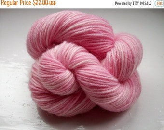 JULY SALE Sock yarn, hand dyed wool, hand painted, variegated pink 100g by SpinningStreak