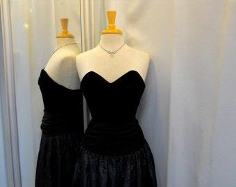 VTG 1980s 80s Laura Ashley Dress Black Velvet and Midnight Blue Taffeta Eighties Party Dress Tea Length Strapless Dress Full Skirt Size XS