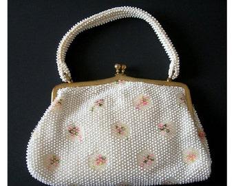 Spring Handbag, Corde-Bead Lumured, White Plastic Beads, Pink Flowers, Vintage 1950, Made in USA, Vintage Purse