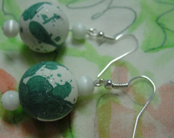 Round Green White Ball Dangle Pierced Earrings