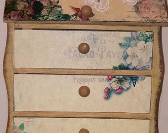 Secretary Desk Style, Box, 3 drawer, Decorated box, flowers, box, shabby decor, box, keepsake box, organization, reclaim, garden room