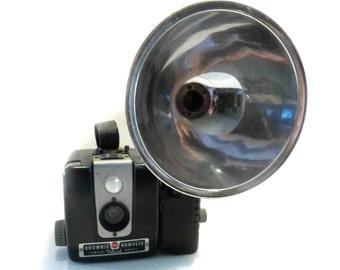Vintage Bakelite Kodak Brownie Hawkeye Flash Model 1950