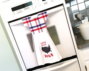 Patriotic Kitchen Dishtowel / Tea Towel Dress Land That I Love in Red White and Blue