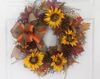 Fall golden sunflower wreath, fall wreath for front door, seasonal wreath, thanksgiving wreath, front door decorations, kitchen décor