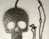 "Large Skull Pendant with a 24"" Vintage Style Rolo Link Chain Necklace Fashion Jewelry Halloween October Gothic"