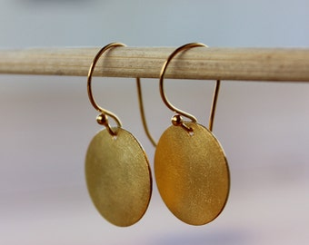Gold Disc Earrings, Gold Jewelry, Brushed matte textured Disc Earrings, Gold Circle Earrings, Round Drop Earrings, Gold Dangle Earrings