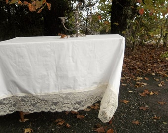 Custom Lace Trimmed Tablecloth Handmade Ivory Lace Tablecloth Wedding Decorations Table Decor