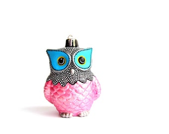 Owl Ornament Pink and black Owl Ornament: Shatter Resistant Hand Painted plastic Owl Ornament Pink and black and White