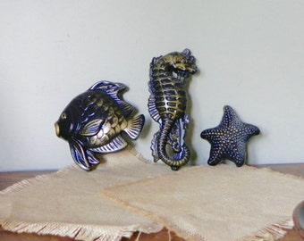 Vintage bathroom decor fish 1950s mid century modern decor black and gold sea creatures starfish seahorse fish beach