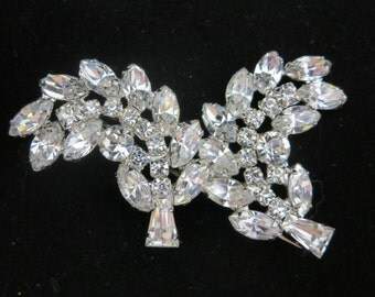 1950s Weiss Rhinestone Brooch - Bridal Costume Jewelry Clear Stones