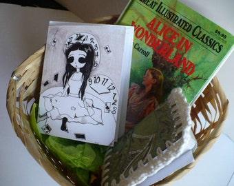 Gift Baskets For Her, Gift Basket, Alice Party, Alice in Wonderland