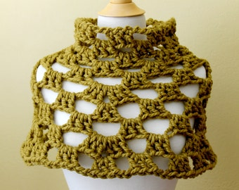 Crocheted Chunky Green Capelet. Poncho. Cowl.