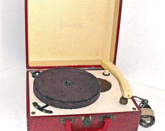 RED Alligator Finish  - 1950s Majorette  Record Player - refurbished with Warranty