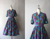 50s Dress / Vintage 1950s Cotton Shirtwaist Dress / Fifties Full Skirt Printed Day Dress