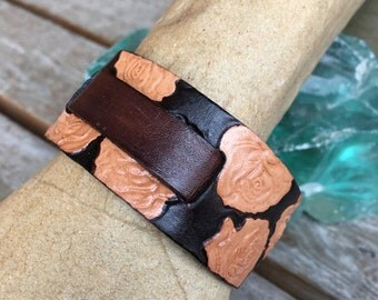Dark brown leather watchband with roses