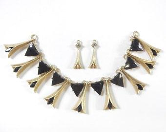 Set of Calla Lily-like Bib Pendant and Charms Gold-tone and Black Acrylic
