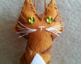 Orange and White Tabby Cat / Ginnger Cat Christmas Ornament