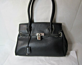 I'm not a Hermes bag Black stylish purse Two handles