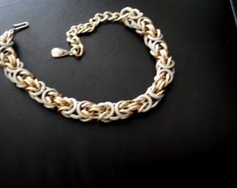 Classy vintage 60s , chunky, double links, bicolor , collar-choker, adjustable necklace. Made in Western Germany.