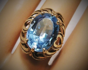 Vintage 10K Gold Ring with Large Blue Oval Cut Stone High Rise Filigree Setting with Heart Design in a  Size 8 (J78)